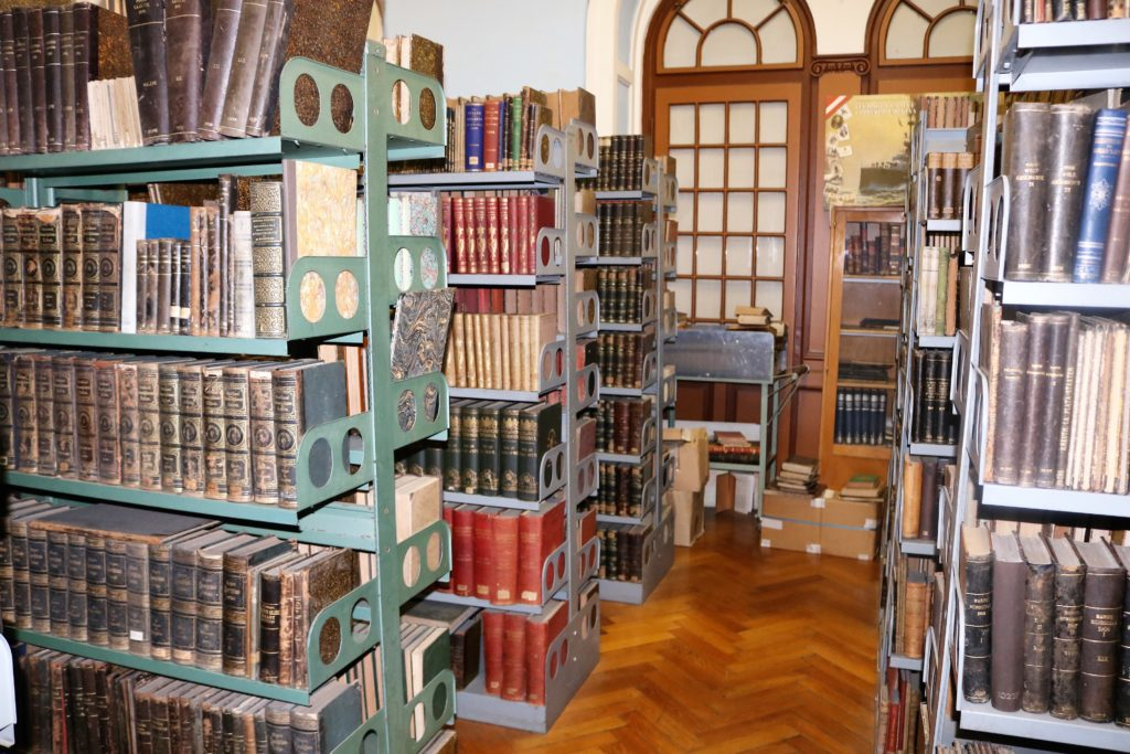 Die Reste der k.u.k. Marinebibliothek sind heute ein Sonderbestand der Universitätsbibliothek Pola