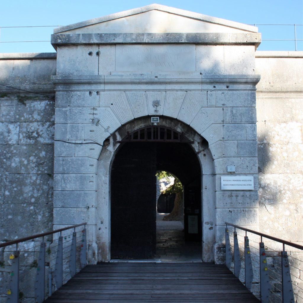 Geschichts- und Schifffahrtsmuseum Istriens PPMI Pola